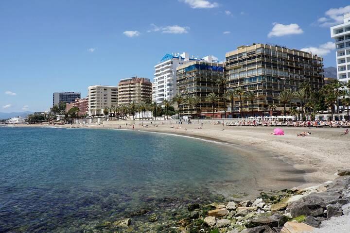Playa La Venus – Strand Marbella | andalusien 360°